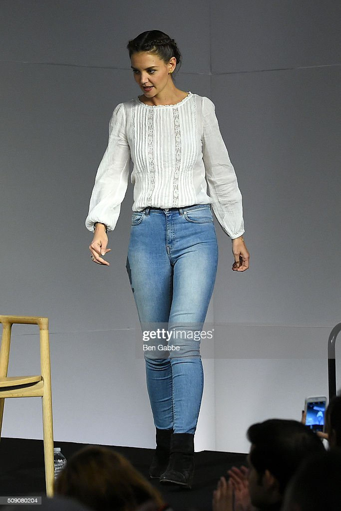 Actress <a gi-track='captionPersonalityLinkClicked' href=/galleries/search?phrase=Katie+Holmes&family=editorial&specificpeople=201598 ng-click='$event.stopPropagation()'>Katie Holmes</a> attends Apple Store Soho presents 'Meet the Filmmaker' at Apple Store Soho on February 8, 2016 in New York City.