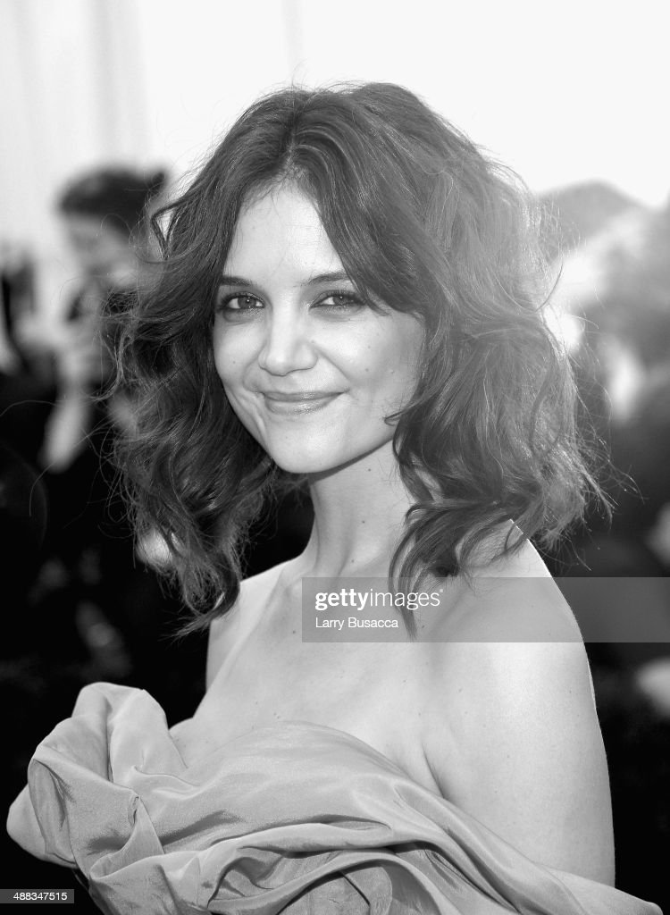 Actress <a gi-track='captionPersonalityLinkClicked' href=/galleries/search?phrase=Katie+Holmes&family=editorial&specificpeople=201598 ng-click='$event.stopPropagation()'>Katie Holmes</a> attends the 'Charles James: Beyond Fashion' Costume Institute Gala at the Metropolitan Museum of Art on May 5, 2014 in New York City.