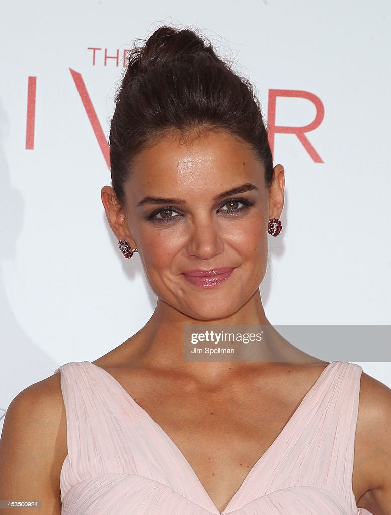 Actress <a gi-track='captionPersonalityLinkClicked' href=/galleries/search?phrase=Katie+Holmes&family=editorial&specificpeople=201598 ng-click='$event.stopPropagation()'>Katie Holmes</a> attends 'The Giver' premiere at Ziegfeld Theater on August 11, 2014 in New York City.