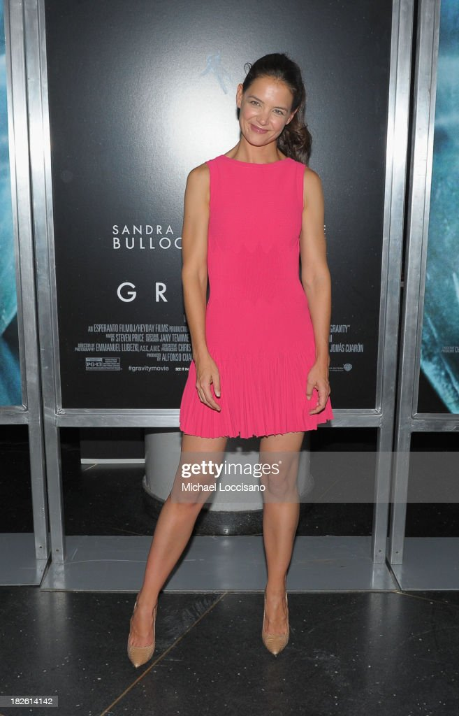 Actress <a gi-track='captionPersonalityLinkClicked' href=/galleries/search?phrase=Katie+Holmes&family=editorial&specificpeople=201598 ng-click='$event.stopPropagation()'>Katie Holmes</a> attends the 'Gravity' premiere at AMC Lincoln Square Theater on October 1, 2013 in New York City.