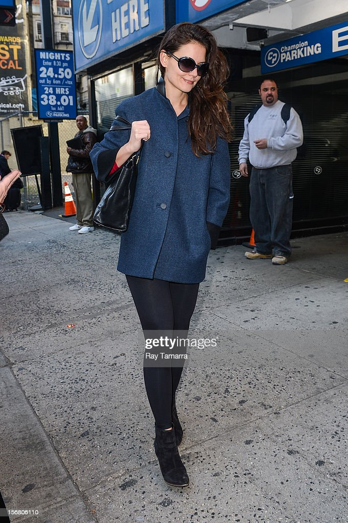 Actress Katie Holmes enters the 'Dead Accounts' play at the Music Box Theater on November 21, 2012 in New York City.