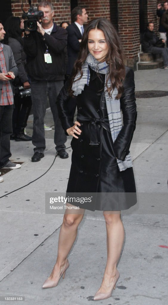 Actress <a gi-track='captionPersonalityLinkClicked' href=/galleries/search?phrase=Katie+Holmes&family=editorial&specificpeople=201598 ng-click='$event.stopPropagation()'>Katie Holmes</a> is seen arriving at the 'Late Show With David Letterman' at the Ed Sullivan Theater on November 10, 2011 in New York City.