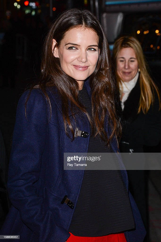 Actress Katie Holmes leaves the 'Late Show With David Letterman' taping at the Ed Sullivan Theater on December 20, 2012 in New York City.
