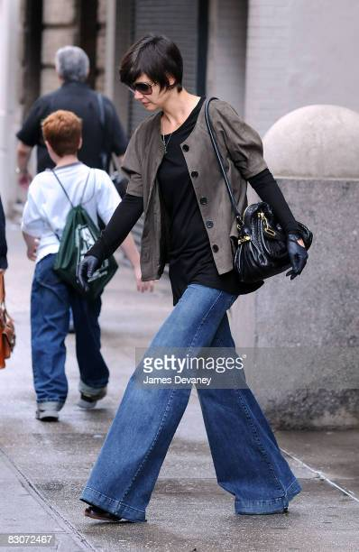 Actress Katie Holmes walks on the streets of Manhattan September 28 2008 in New York City