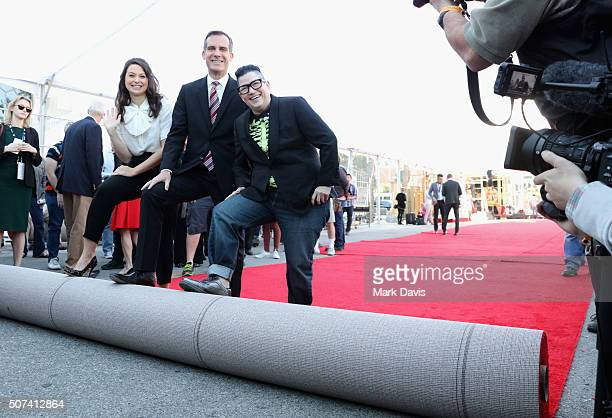 Actress Katie Lowes Los Angeles Mayor Eric Garcetti and comedian Lea DeLaria attend The 22nd Annual Screen Actors Guild Awards Red Carpet RollOut and...