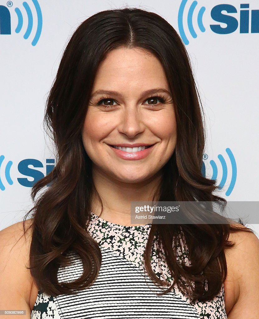Actress <a gi-track='captionPersonalityLinkClicked' href=/galleries/search?phrase=Katie+Lowes&family=editorial&specificpeople=5527804 ng-click='$event.stopPropagation()'>Katie Lowes</a> visits SiriusXM Studios on February 10, 2016 in New York City.