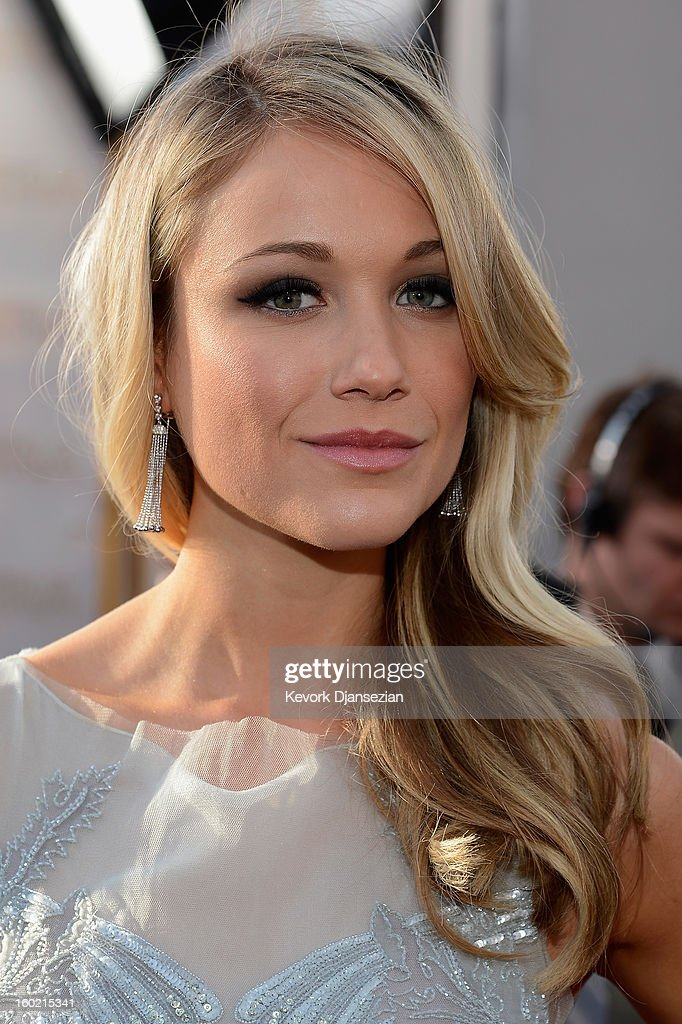 Actress Katrina Bowden arrives at the 19th Annual Screen Actors Guild Awards held at The Shrine Auditorium on January 27, 2013 in Los Angeles, California.