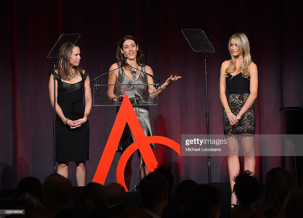 Actress <a gi-track='captionPersonalityLinkClicked' href=/galleries/search?phrase=Katrina+Bowden&family=editorial&specificpeople=4272761 ng-click='$event.stopPropagation()'>Katrina Bowden</a> (R) presents the award for Retail Innovation of the Year to Jessica Herrin (L) and Blythe Harris of Stella & Dot at the 16th Annual ACE Awards presented by the Accessories Council at Cipriani 42nd Street on November 5, 2012 in New York City.