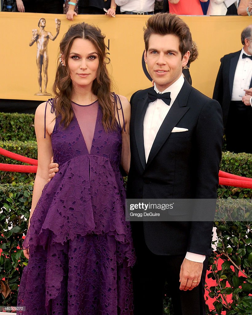 Actress Keira Knightley and husband James Righton arrive at the 21st Annual Screen Actors Guild Awards at The Shrine Auditorium on January 25, 2015 in Los Angeles, California.