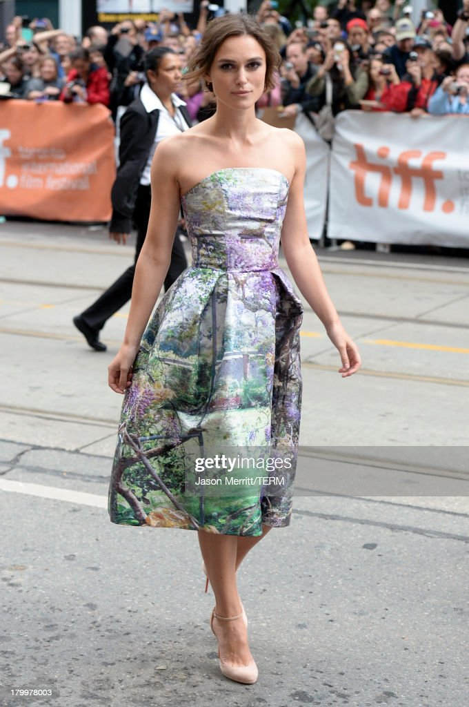 Actress <a gi-track='captionPersonalityLinkClicked' href=/galleries/search?phrase=Keira+Knightley&family=editorial&specificpeople=202053 ng-click='$event.stopPropagation()'>Keira Knightley</a> arrives at the 'Can A Song Save Your Life?' premiere during the 2013 Toronto International Film Festival at Princess of Wales Theatre on September 7, 2013 in Toronto, Canada.