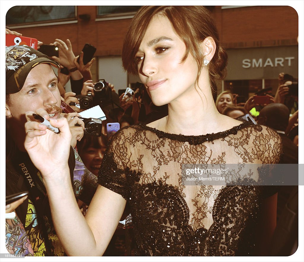 Actress <a gi-track='captionPersonalityLinkClicked' href=/galleries/search?phrase=Keira+Knightley&family=editorial&specificpeople=202053 ng-click='$event.stopPropagation()'>Keira Knightley</a> attends the 'Anna Karenina' premiere during the 2012 Toronto International Film Festival at The Elgin on September 7, 2012 in Toronto, Canada.