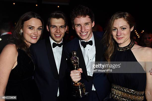 Actress Keira Knightley recording artist James Righton actor Eddie Redmayne and Hannah Bagshawe attend the 2015 Vanity Fair Oscar Party hosted by...