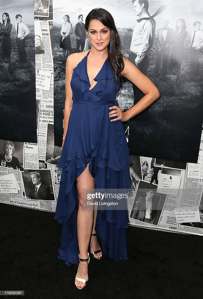 Actress Kelen Coleman attends the premiere of HBO's 'The Newsroom' Season 2 at the Paramount Theater on the Paramount Studios lot on July 10, 2013 in Hollywood, California.