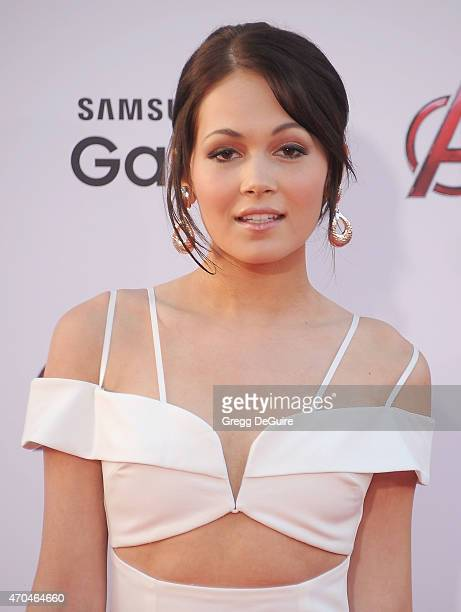 Actress Kelli Berglund arrives at the Los Angeles premiere of Marvel's 'Avengers Age Of Ultron' at Dolby Theatre on April 13 2015 in Hollywood...