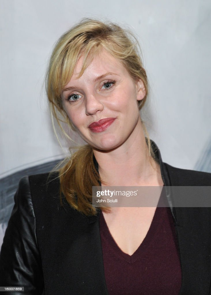 Actress <a gi-track='captionPersonalityLinkClicked' href=/galleries/search?phrase=Kelli+Garner&family=editorial&specificpeople=211517 ng-click='$event.stopPropagation()'>Kelli Garner</a> attends Art Los Angeles Contemporary opening night at Barker Hangar on January 24, 2013 in Santa Monica, California.