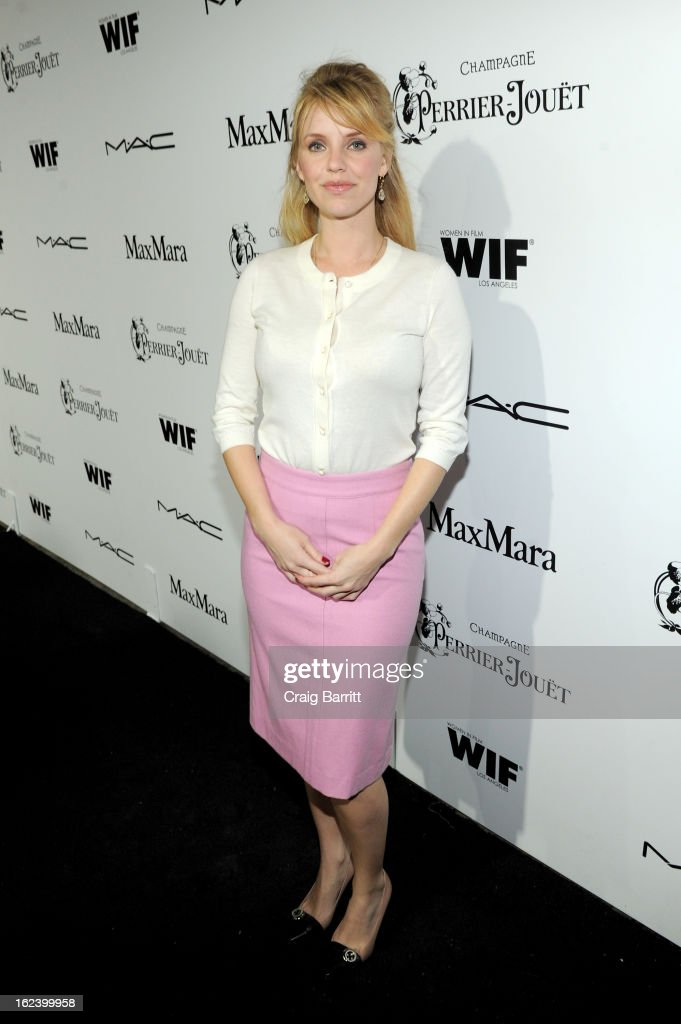 Actress Kelli Garner attends the 6th Annual Women In Film Pre-Oscar Party hosted by Perrier Jouet, MAC Cosmetics and MaxMara at Fig & Olive on February 22, 2013 in Los Angeles, California.