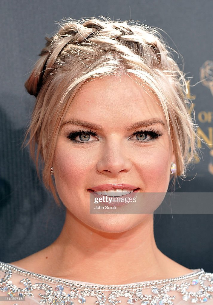 Actress <a gi-track='captionPersonalityLinkClicked' href=/galleries/search?phrase=Kelli+Goss&family=editorial&specificpeople=7229505 ng-click='$event.stopPropagation()'>Kelli Goss</a> attends The 42nd Annual Daytime Emmy Awards at Warner Bros. Studios on April 26, 2015 in Burbank, California.