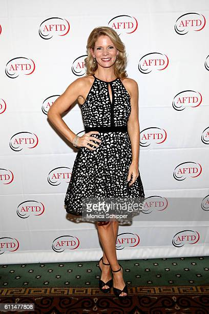 Actress Kelli O'Hara attends The Association for Frontotemporal Degeneration's Hope Rising Benefit at The Pierre Hotel on September 29 2016 in New...