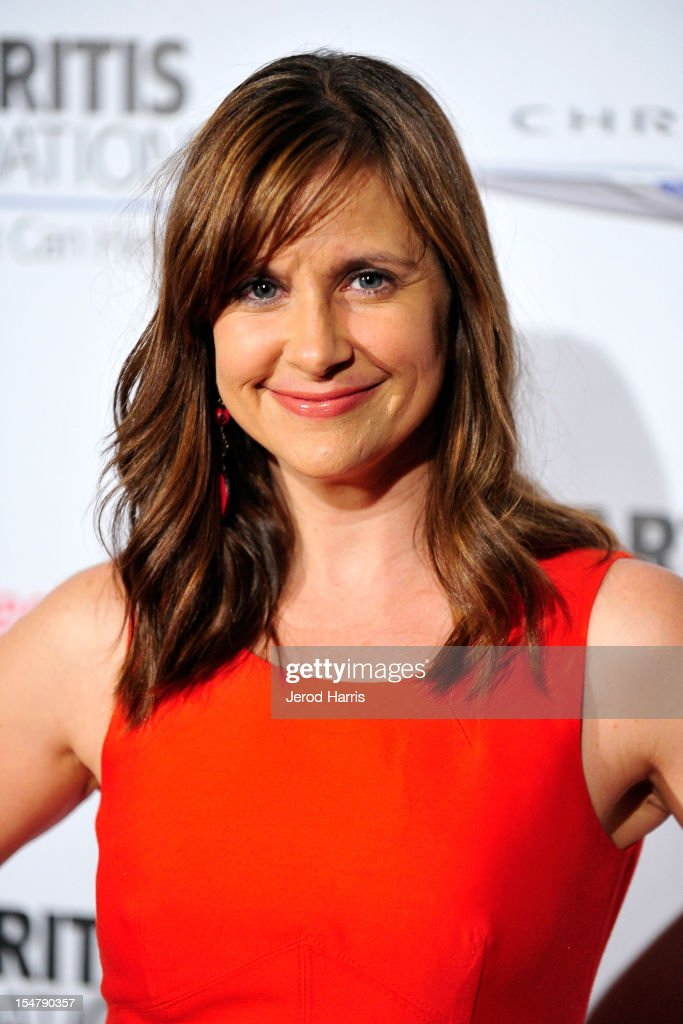 Actress Kellie Martin arrives at the Arthritis Foundation's annual gala at The Beverly Hilton Hotel on October 25, 2012 in Beverly Hills, California.