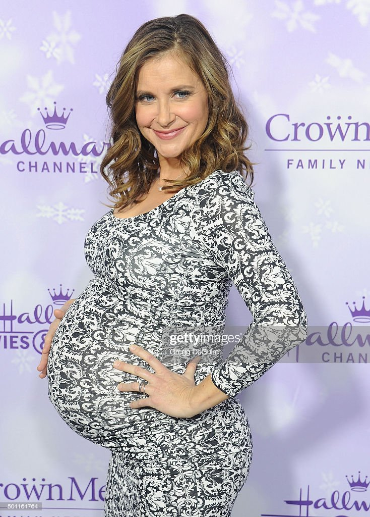 Actress Kellie Martin arrives at the Hallmark Channel and Hallmark Movies and Mysteries Winter 2016 TCA Press Tour at Tournament House on January 8, 2016 in Pasadena, California.