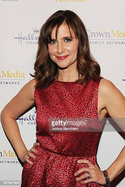 Actress Kellie Martin arrives at the Hallmark Channel's Annual Holiday Event Premiering 'The Christmas Ornament' at La Piazza Restaurant on November...