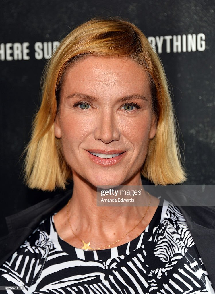 Actress <a gi-track='captionPersonalityLinkClicked' href=/galleries/search?phrase=Kelly+Lynch&family=editorial&specificpeople=203037 ng-click='$event.stopPropagation()'>Kelly Lynch</a> arrives at the Los Angeles premiere of 'Captain Phillips' at the Academy of Motion Picture Arts and Sciences on September 30, 2013 in Beverly Hills, California.