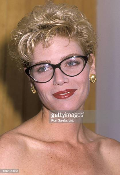 Actress Kelly McGillis attends the Los Angeles Cahpter of the National Organization for Women's Courage Awards Gala Honoring Kelly McGillis on...