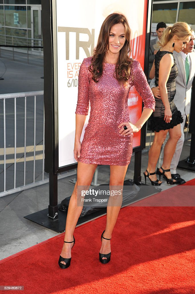 Actress Kelly Overton arrives at the fifth season premiere of HBO's ... Breakingdawn