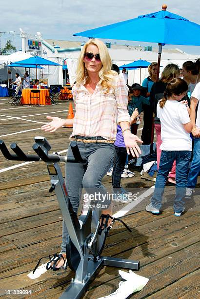 Actress Kelly Packard arrives at The 100 Mile Man And The Harold Robinson Foundation's 'Pedal On The Pier' Fundraiser at Santa Monica Pier on June 5...