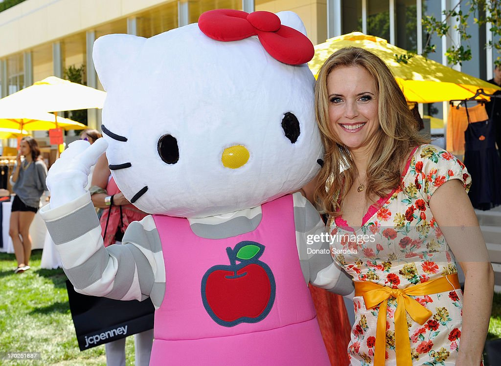 Actress Kelly Preston attends the 1st Annual Children Mending Hearts Style Sunday on June 9, 2013 in Beverly Hills, California.