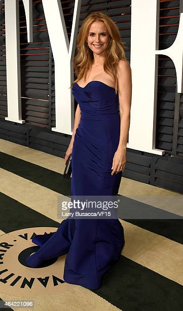 Actress Kelly Preston attends the 2015 Vanity Fair Oscar Party hosted by Graydon Carter at the Wallis Annenberg Center for the Performing Arts on...