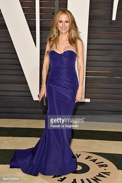 Actress Kelly Preston attends the 2015 Vanity Fair Oscar Party hosted by Graydon Carter at Wallis Annenberg Center for the Performing Arts on...