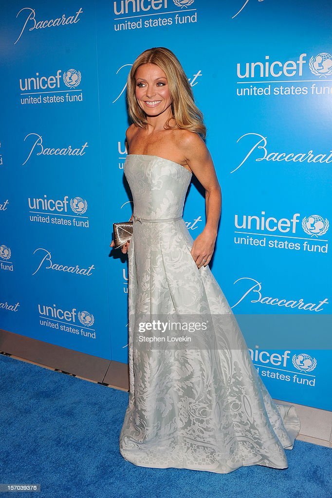 Actress Kelly Ripa attends the Unicef SnowFlake Ball at Cipriani 42nd Street on November 27, 2012 in New York City.