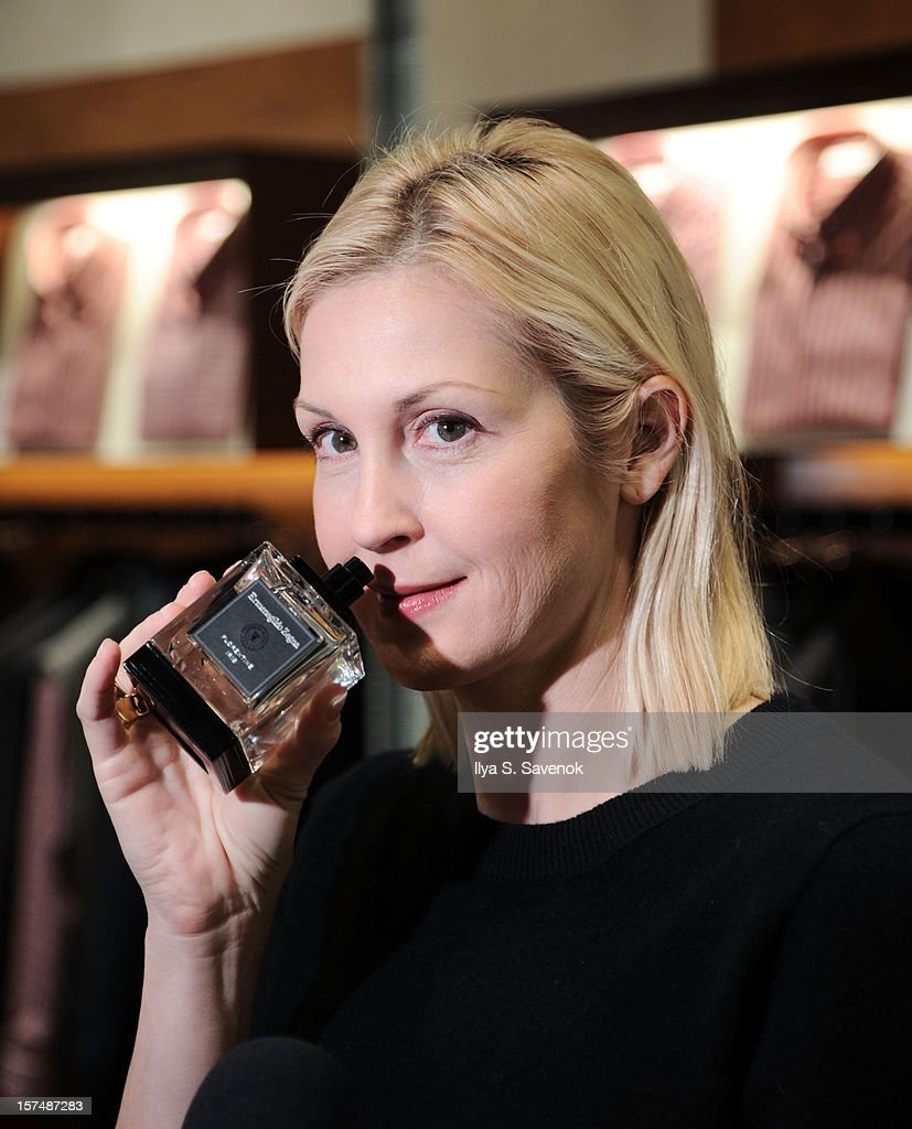 Actress Kelly Rutherford attends Ermenegildo Zegna 'Essenze' Collection Launch Event at The Ermenegildo Zegna Boutique on December 3, 2012 in New York City.