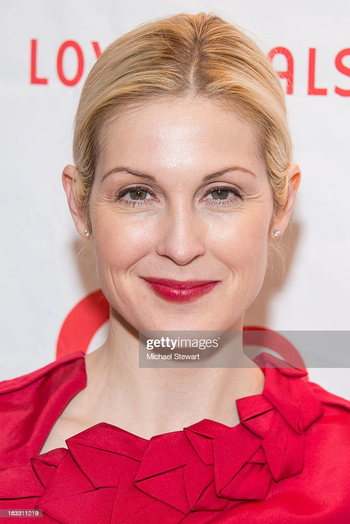 Actress Kelly Rutherford attends the 2013 Gala By Love Heals at The Four Seasons Restaurant on March 7, 2013 in New York City.