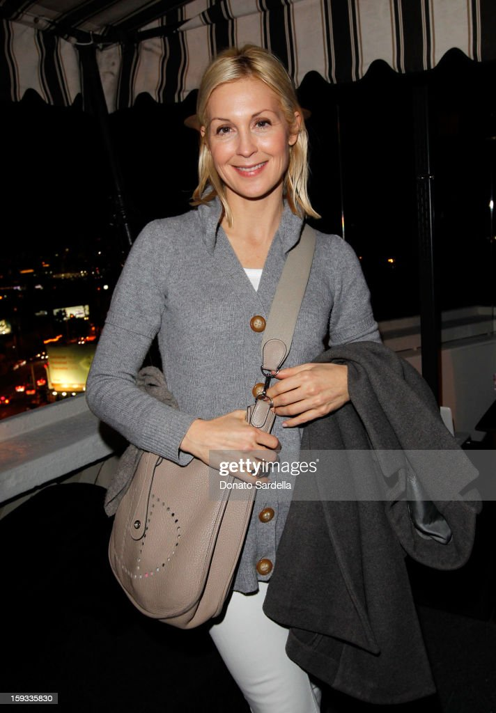 """Actress <a gi-track='captionPersonalityLinkClicked' href=/galleries/search?phrase=Kelly+Rutherford&family=editorial&specificpeople=217987 ng-click='$event.stopPropagation()'>Kelly Rutherford</a> attends W Magazine's 'Best Performances Issue"""" and the Golden Globe Awards celebration with W Magazine, Cadillac and Dom Pérignon at Chateau Marmont on January 11, 2013 in Los Angeles, California."""