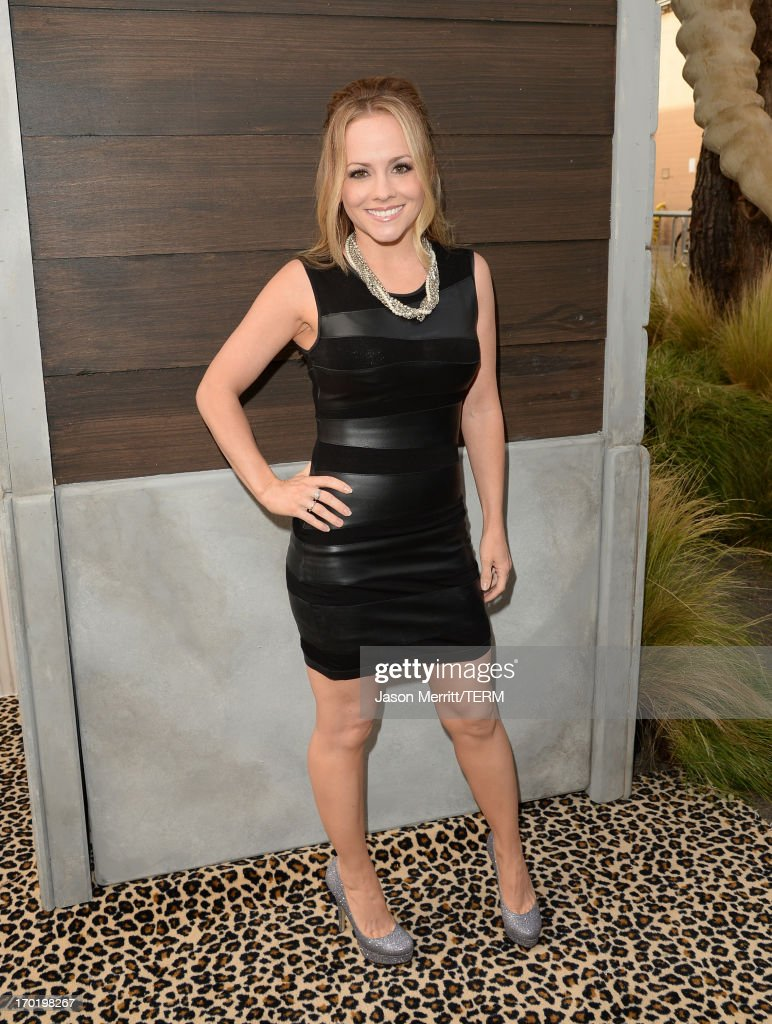 Actress Kelly Stables attends Spike TV's Guys Choice 2013 at Sony Pictures Studios on June 8, 2013 in Culver City, California.