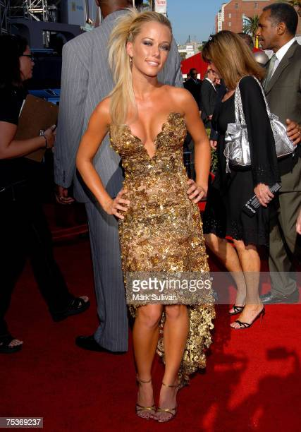 Actress Kendra Wilkinson arrives to the 2007 ESPY Awards at the Kodak Theatre on July 11 2007 in Hollywood California