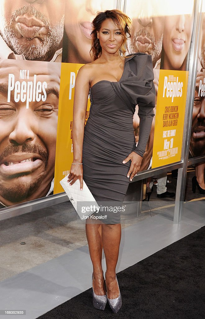 Actress Kenya Moore arrives at the Los Angeles Premiere 'Peeples' at ArcLight Hollywood on May 8, 2013 in Hollywood, California.