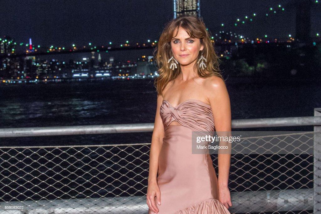 Actress Keri Russell attends the 2017 Brooklyn Bridge Park Conservancy Brooklyn Black Tie Ball at Pier 2 at Brooklyn Bridge Park on October 5, 2017 in the Brooklyn borough of New York City, New York.