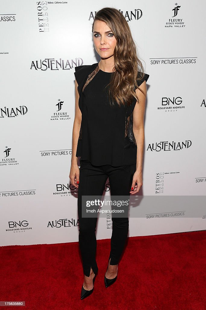 Actress <a gi-track='captionPersonalityLinkClicked' href=/galleries/search?phrase=Keri+Russell&family=editorial&specificpeople=203250 ng-click='$event.stopPropagation()'>Keri Russell</a> attends the premiere of Sony Pictures Classics' 'Austenland' at ArcLight Hollywood on August 8, 2013 in Hollywood, California.