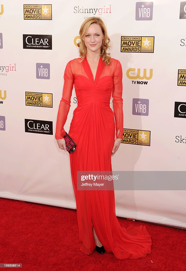 Actress Kerry Bishe arrives at the 18th Annual Critics' Choice Movie Awards at The Barker Hangar on January 10, 2013 in Santa Monica, California.