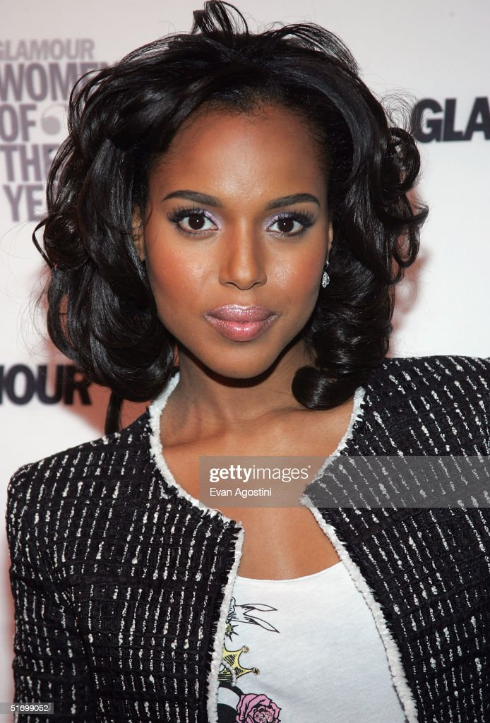 Actress <a gi-track='captionPersonalityLinkClicked' href=/galleries/search?phrase=Kerry+Washington&family=editorial&specificpeople=201534 ng-click='$event.stopPropagation()'>Kerry Washington</a> arrives at the 15th Annual Glamour 'Women of the Year' Awards at the American Museum of Natural History November 8, 2004 in New York City.