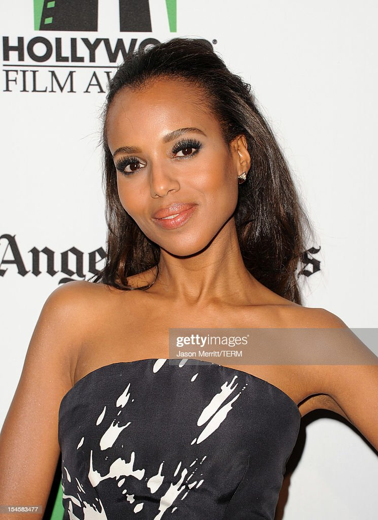 Actress <a gi-track='captionPersonalityLinkClicked' href=/galleries/search?phrase=Kerry+Washington&family=editorial&specificpeople=201534 ng-click='$event.stopPropagation()'>Kerry Washington</a> arrives at the 16th Annual Hollywood Film Awards Gala presented by The Los Angeles Times held at The Beverly Hilton Hotel on October 22, 2012 in Beverly Hills, California.