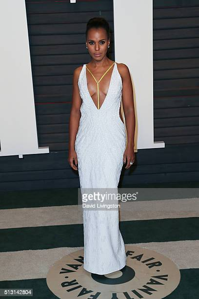 Actress Kerry Washington arrives at the 2016 Vanity Fair Oscar Party Hosted by Graydon Carter at the Wallis Annenberg Center for the Performing Arts...
