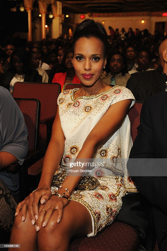 Actress <a gi-track='captionPersonalityLinkClicked' href=/galleries/search?phrase=Kerry+Washington&family=editorial&specificpeople=201534 ng-click='$event.stopPropagation()'>Kerry Washington</a> attends BET's Black Girls Rock 2012 at Paradise Theater on October 13, 2012 in New York City.