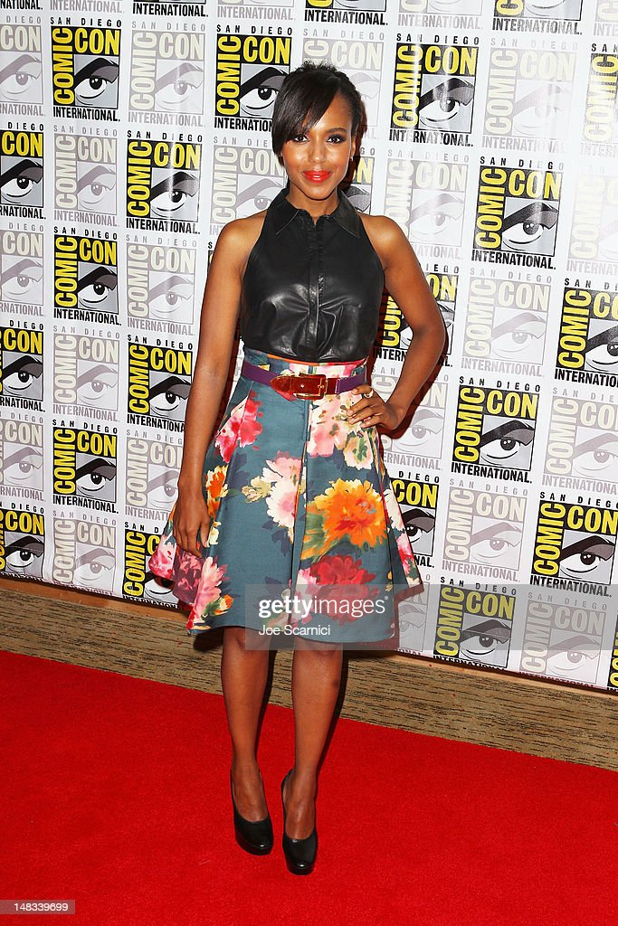 Actress <a gi-track='captionPersonalityLinkClicked' href=/galleries/search?phrase=Kerry+Washington&family=editorial&specificpeople=201534 ng-click='$event.stopPropagation()'>Kerry Washington</a> attends 'Django Unchained' at Comic-Con 2012 at Hilton San Diego Bayfront Hotel on July 14, 2012 in San Diego, California.