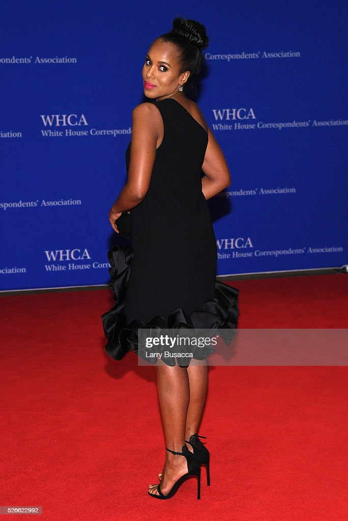 Actress <a gi-track='captionPersonalityLinkClicked' href=/galleries/search?phrase=Kerry+Washington&family=editorial&specificpeople=201534 ng-click='$event.stopPropagation()'>Kerry Washington</a> attends the 102nd White House Correspondents' Association Dinner on April 30, 2016 in Washington, DC.