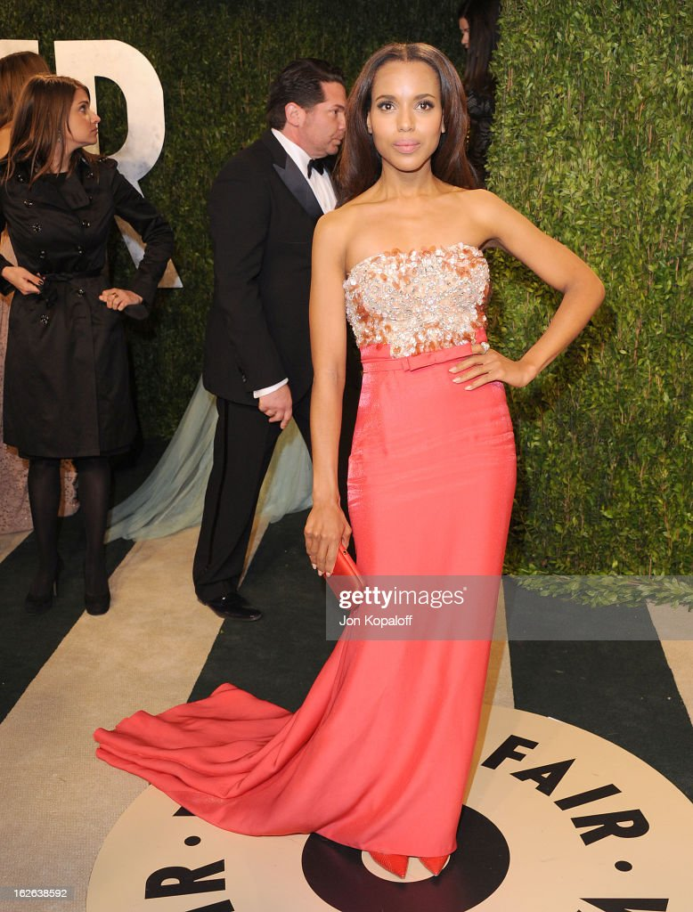 Actress Kerry Washington attends the 2013 Vanity Fair Oscar party at Sunset Tower on February 24, 2013 in West Hollywood, California.