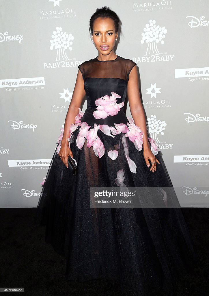 Actress <a gi-track='captionPersonalityLinkClicked' href=/galleries/search?phrase=Kerry+Washington&family=editorial&specificpeople=201534 ng-click='$event.stopPropagation()'>Kerry Washington</a> attends the 2015 Baby2Baby Gala at 3LABS on November 14, 2015 in Culver City, California.